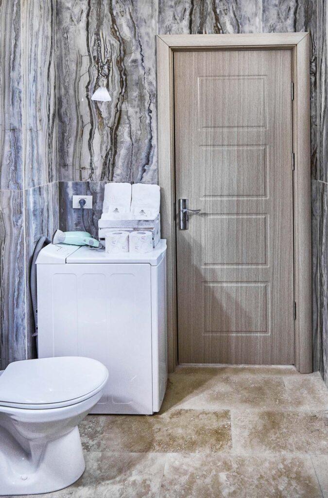 Cauti un Apartament Deosebit la Mare pentru Vacanta ta de Vara? Fa Rezervare la noi!Fotografii Apartament Cazare Mamaia Litoralul Romanesc Sofia Seaside